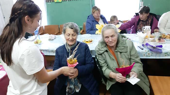 """Праздничное мероприятие к Международному дню пожилого человека """"Мои года..."""""""