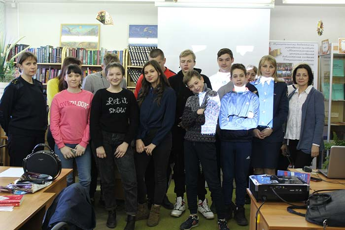 Встреча подростков с представителями общественных объединений и ведомств в МБУК «МЦБС Петушинского района»