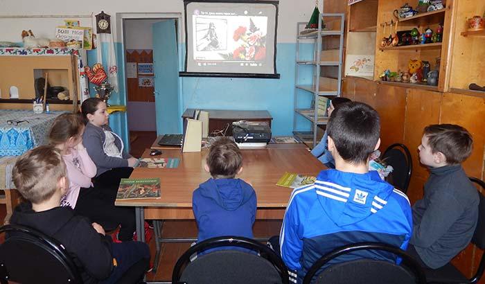 Час мужества «Вставали в строй мальчишки боевые» в Головинской сельской библиотеке