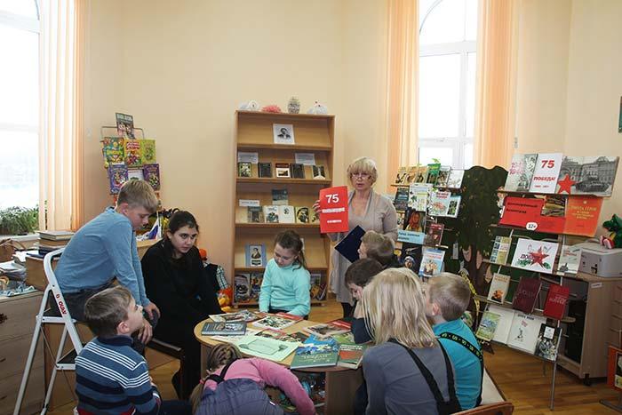 Акция «Читаем вместе, читаем вслух!» в Крутовской сельской библиотеке