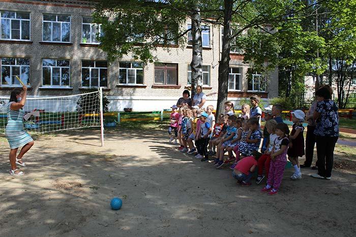 """Занятие Школы юного пешехода, посвященное Дню Светофора """"Уроки Светофорика"""""""