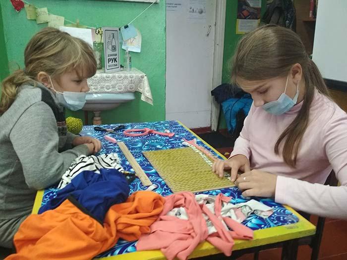 Мастер-класс по изготовлению коврика своими руками в подарок мамам