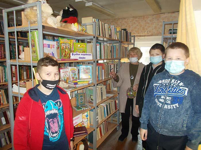 Книжная выставка «В мире сказок». Костинская сельская библиотека