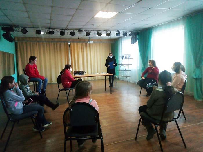 Поэтическое мероприятие к 200-летию со дня рождения А.А. Фета «Сочиняем стихи»