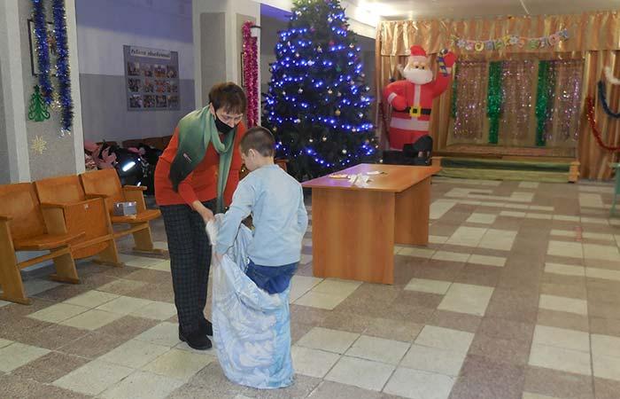 """Праздничная Рождественская программа """"Рождество вокруг нас"""""""