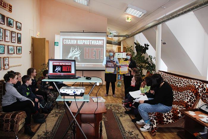 Информационно-просветительская программа «И малая доза к большой беде»