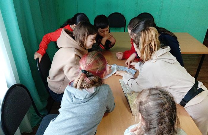 Игровой квест «Найди клад» в Нагорной сельской библиотеке