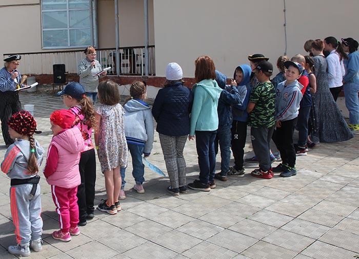 «Праздник в волшебной стране», посвященное Дню защиты детей в д. Крутово