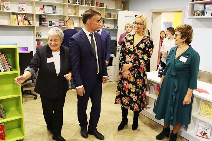 """Открытие модельной библиотеки в Петушинском районе в рамках нацпроекта """"Культура"""""""