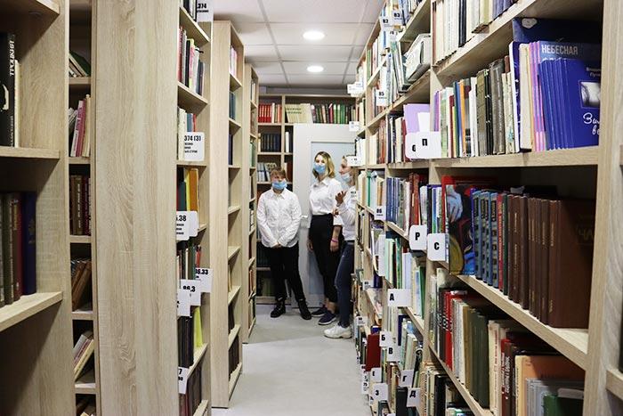 Экскурсия «Модельная библиотека – мир новых возможностей»