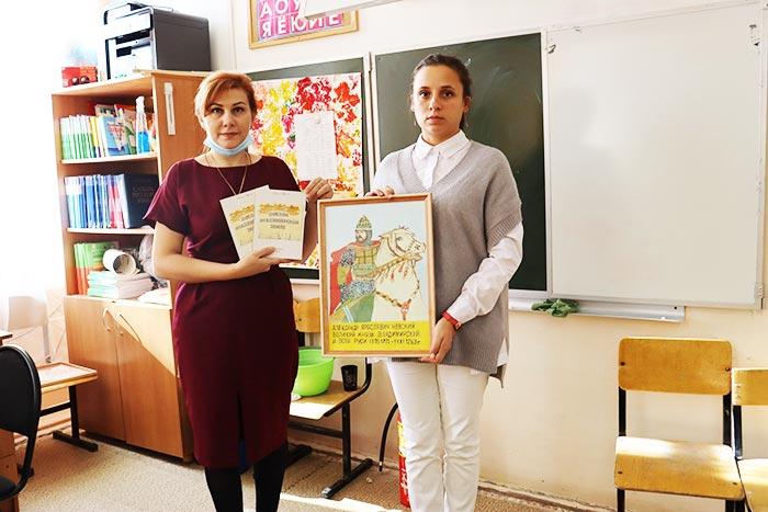 Музей школы № 3 г. Петушки пополнился рисунками и книгами ветерана Великой Отечественной войны А.В. Гаврилова