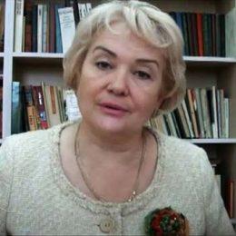 Конопацкая Ирина Ивановна читает стихотворение Ивана Бунина «Ангел»