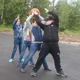 Спортивная эстафета «День мяча». Костинская сельская библиотека