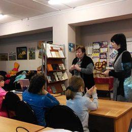 Урок мужества «Ты в памяти и сердце, Сталинград!» в Аннинской сельской библиотеке