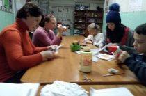 Мастер-класс «Игрушка своими руками» в Караваевской сельской библиотеке