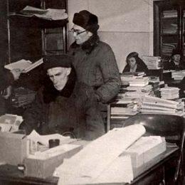 Подвиг советских библиотекарей