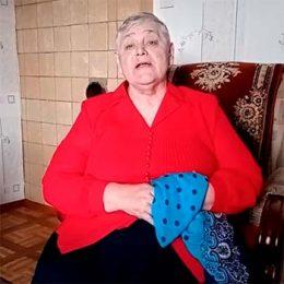 Песня «Синий платочек». Поет житель д. Воспушка Самотканова Антонина Алексеевна